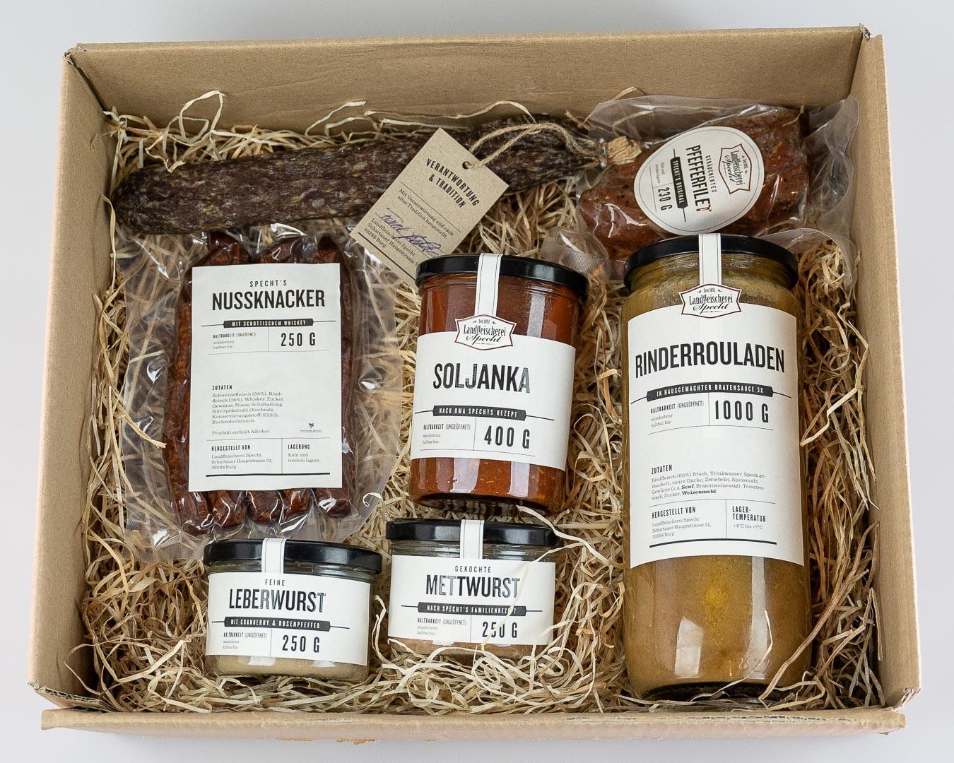 Probierpaket an Wurstgläsern und Salamis luftgetrocknet sowie Pfefferfilet von einer Landfleischerei